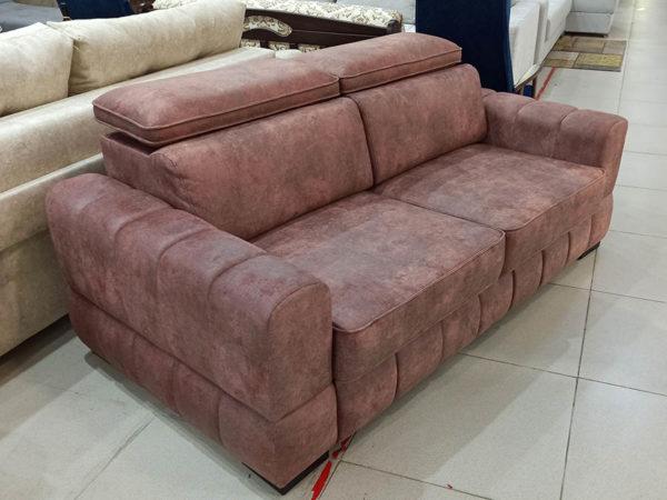 Современный двойной выкатной диван с подъёмными подголовниками