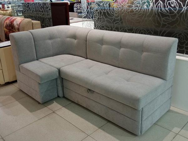 Кухонный угловой диван со спальным местом и ящиком