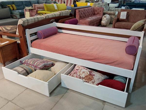 Односпальная детская кровать с большими коробами для хранения