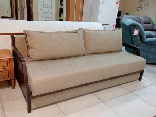 иван-кровать еврокнижка с деревянными подлокотниками