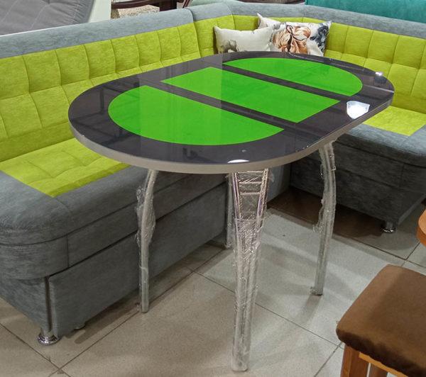 Раздвижной кухонный стол на металлических ножках со стеклянной столешницей и плёнкой оракал