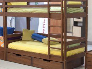 Двухэтажная детская кровать из массива бука